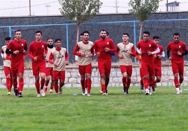 برگزاری آخرین تمرین تیم امید قبل از سفر به عمان، رقابت 2 بازیکن استقلال و پرسپولیس و دقت نظر کرانچار