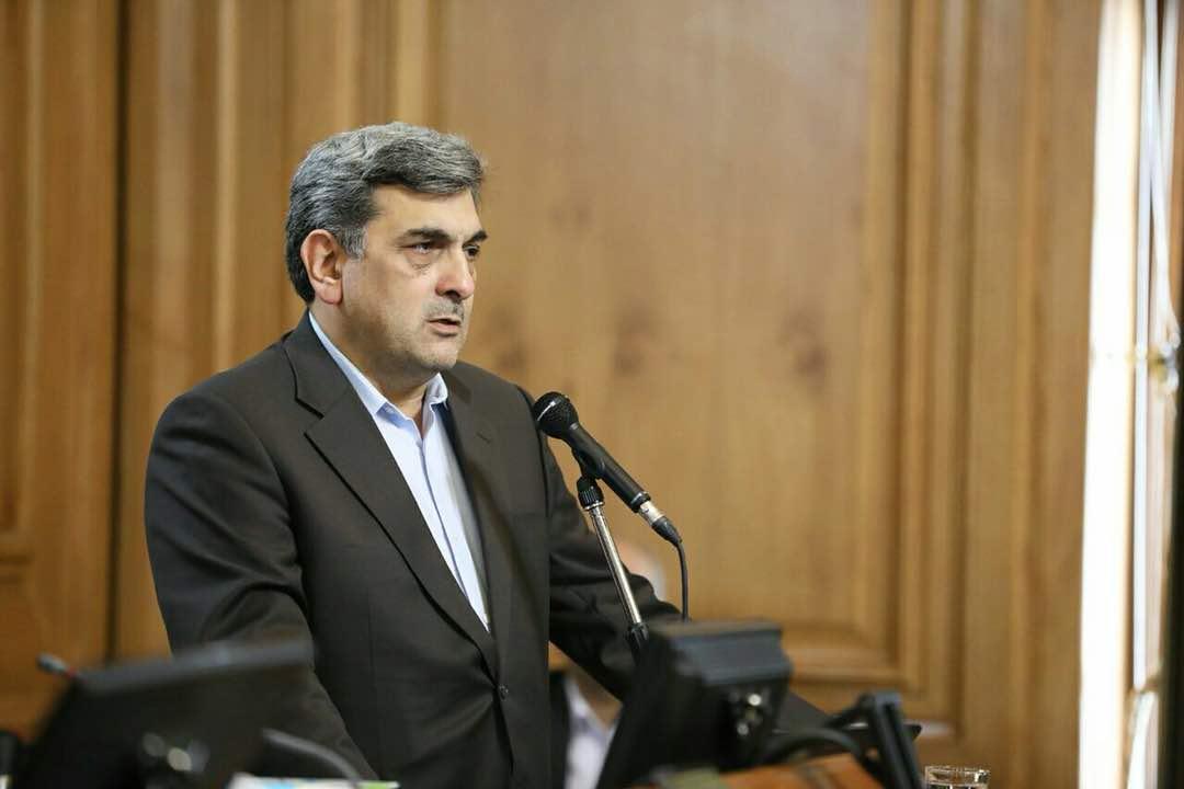 شهردار تهران مطرح نمود؛ مردم تهران چند برابر جهان فراوری زباله می نمایند، راهی جز توسعه حمل و نقل عمومی راستا های پیاده نداریم