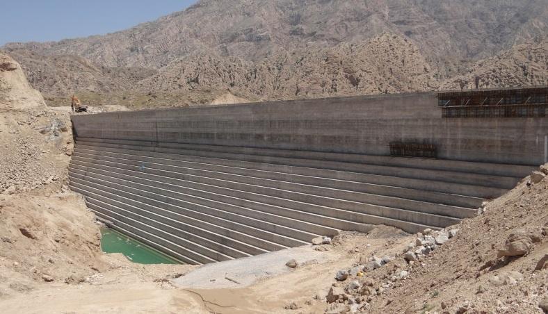 ساخت سد باغان روان آب های منطقه را مهار می نماید