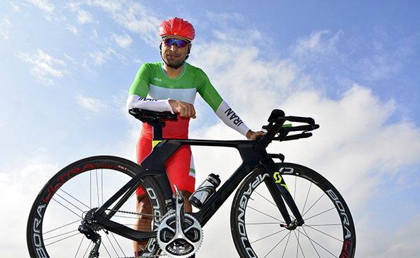 کوشش برای برطرف تعلیق کاپیتان دوچرخه سواری ایران، سهرابی از وزارت ورزش یاری خواست