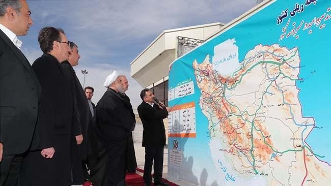 خط راه آهن میانه ـ بستان آباد افتتاح شد